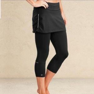 Athleta Black Contender 2 in 1 Skirt Capri Legging